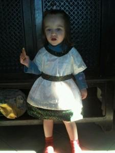 LA robe de Noel 2011 dans COuture Enfants Milana-Robe-noel-2011-225x300